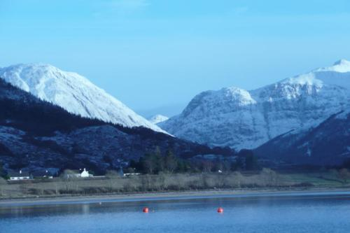 View of Glencoe in winter taken from near Tom-na-Creige. Click for bigger picture.